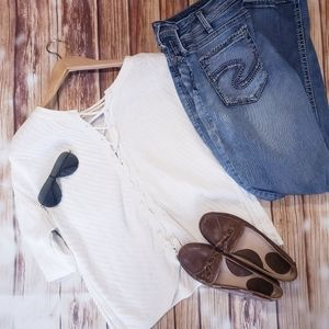 Gentle Fawn White Lace Up Back Sweater Short Sleev